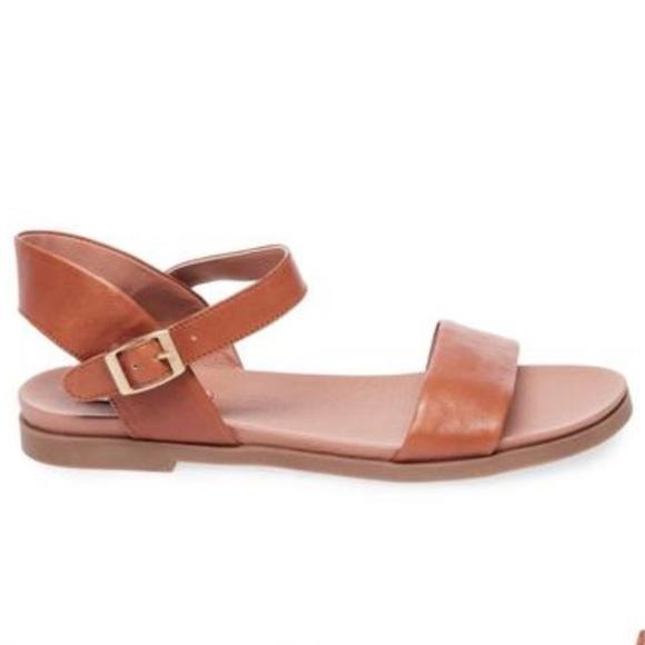 10009dd1346f Steve Madden Dina Tan Leather Sandals